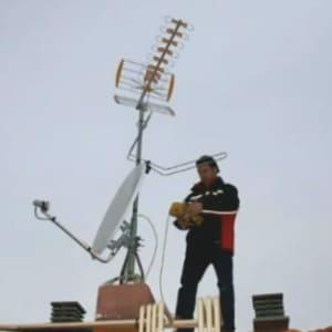 Montador de antenas parabolicas